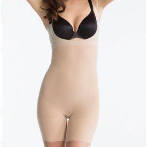 Spanx Shape My Day Nude Open Bust Bodysuit 1X NWT